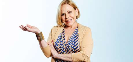 Claudete Troiano está há quase 40 anos apresentando programas femininos na TV aberta