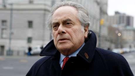 No tribunal, o advogado Benjamín Brafman chamou seu cliente de 'pessoa irritante'