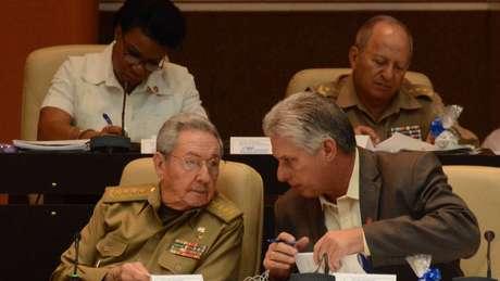 Raúl Castro e Díaz-Canel