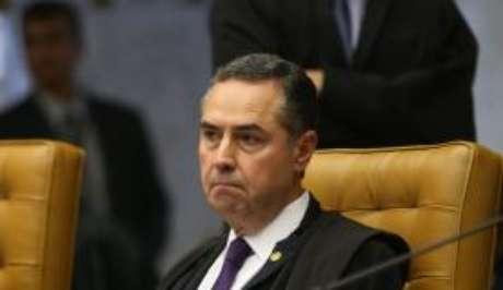 Ministro Luís Roberto Barroso decidiu monocraticamente sobre o indulto natalino