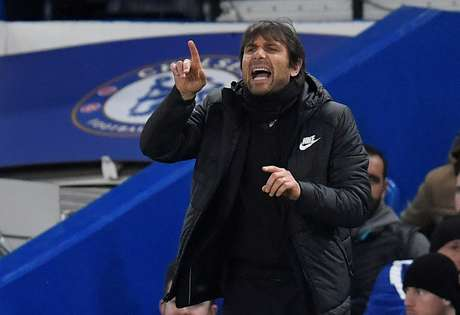 Técnico Antonio Conte durante partida do Chelsea contra o Crystal Palace pelo Campeonato Inglês 10/03/2018 REUTERS/Toby Melville