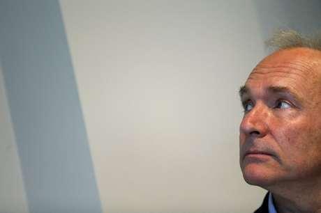 Invetor da internet mundial, Tim Berners-Lee, durante coletiva de imprensa em Londres, Reino Unido 11/12/2014  REUTERS/Stefan Wermuth