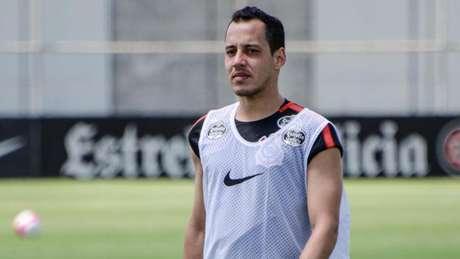 Rodriguinho cumpriu suspensão no domingo e agora já pode voltar ao time (Foto: Gero Rodrigues/Ofotografico/Lancepress!)