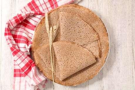 Massas de panqueca feitas de trigo-sarraceno