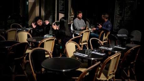 Pesquisa afirma que 72% dos franceses almoçam em restaurante pelo menos uma vez por semana | Foto: AFP