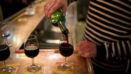 O vinho é parte importante da dieta francesa - especialmente às sextas-feiras | Foto: AFP