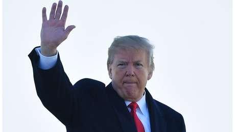 'Mike Pompeo, diretor da CIA, se tornará nosso novo Secretário de Estado. Ele fará um trabalho fantástico!', disse Trump
