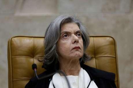 Presidente do Supremo Tribunal Federal (STF), ministra Cármen Lúcia, durante sessão na Suprema Corte em Brasília 01/02/2018 REUTERS/Ueslei Marcelino