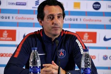 Emery não quis entrar em polêmica após declaração de Daniel Alves (Foto: Bertrand Guay / AFP)