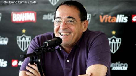 Alexandre Kalil lamenta falecimento de Bebeto de Freitas nas redes sociais
