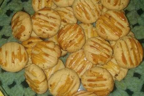 Diversos biscoitos de cebola