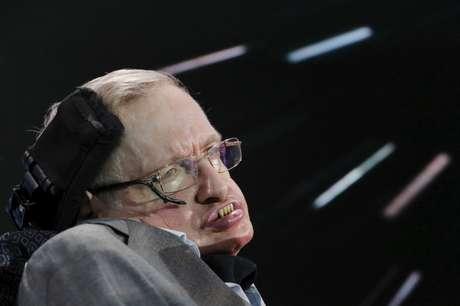 Físico Stephen Hawking, que morreu nesta quarta-feira, aos 76 anos 12/04/2016 REUTERS/Lucas Jackson