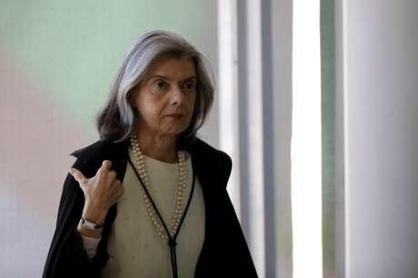Ministra Cármen Lúcia, chega para sessão no STF 20/9/2017 REUTERS/Ueslei Marcelino