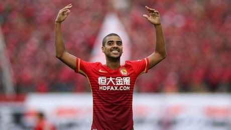 Alan tem oito gols em sete jogos na temporada pelo Guangzhou Evergrande (Foto: Divulgação)