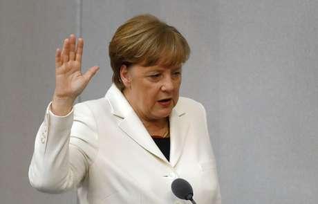 Angela Merkel é eleita para mais um mandato como chanceler