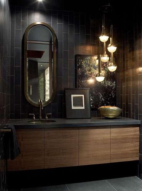 57. Linda inspiração de banheiro preto luxuoso