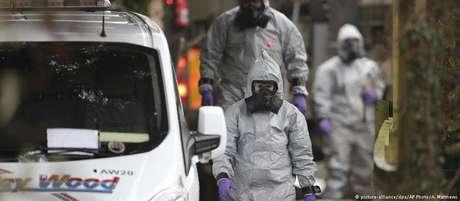 Agentes investigam envenenamento de ex-espião