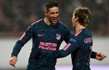 Fernando Torres, com dois gols, foi o grande artilheiro da partida (Foto: Kiril Kudryavtsev / AFP)