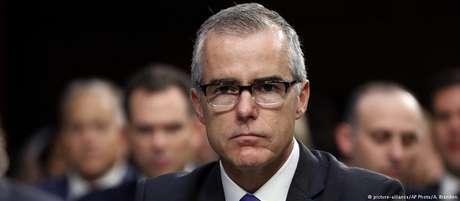 Andrew McCabe dirigiu interinamente FBI após afastamento de James Comey, abandonando a vice-direção no fim de janeiro