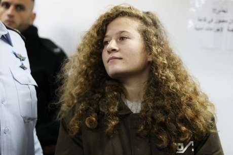 Jovem palestina é condenada à prisão por agressão a soldado
