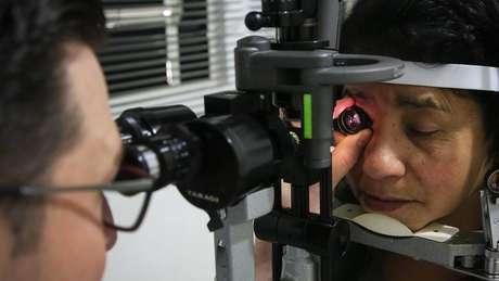 Exame de vista, em foto de arquivo; diabetes pode causar de cegueira a problemas cardíacos e renais