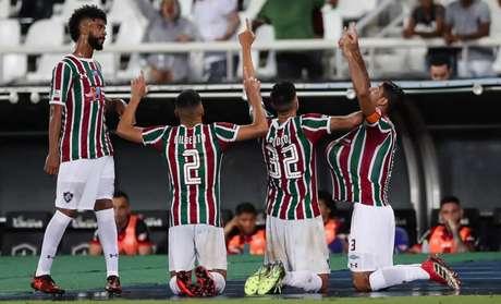 Titulares do Flamengo reforçam preparação física após eliminação na Taça Rio — Carioca