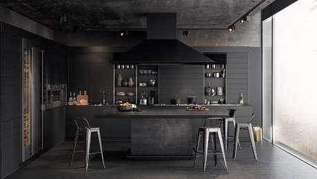 39. Cozinha totalmente preta