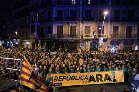 Candidato independentista detido renuncia à candidatura na Catalunha
