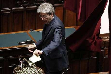 Paolo Gentiloni vota em eleições para presidente da Câmara