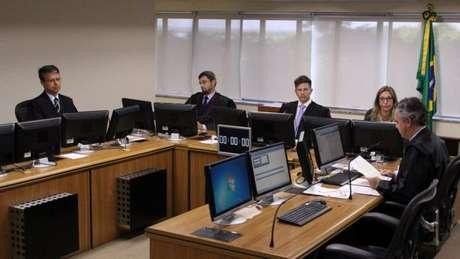 Os desembargadores (foto) que julgarão o recurso de Lula são os mesmos que o condenaram em janeiro