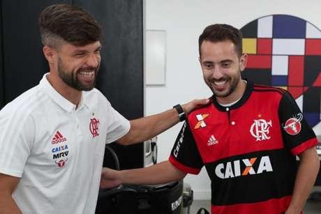 Diego e Éverton Ribeiro são duas referências técnicas do meio-campo do Flamengo (Gilvan de Souza / Flamengo)