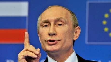 Rússia expulsa diplomatas dos EUA e fecha consulado em São Petersburgo