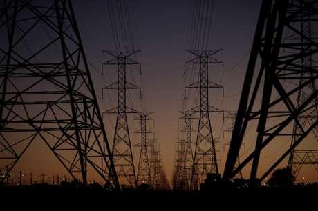 Torres de transmissão de energia elétrica em Brasília 31/08/2017 REUTERS/Ueslei Marcelino