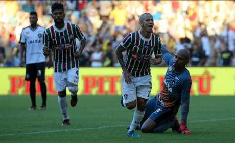 Marcos Junior marcou gol contra o Botafogo (Foto  Lucas Merçon Fluminense) dfb7ce52410d1