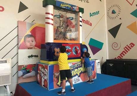 Aquaplay para a criançada se divertir à la 1980s