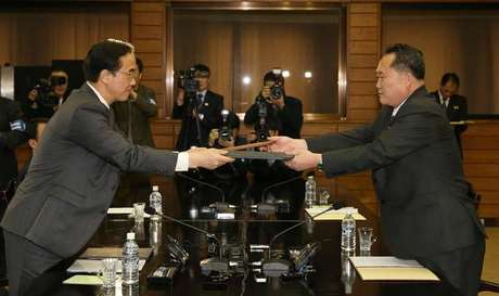 Líderes das Coreias reúnem-se a 27 de Abril