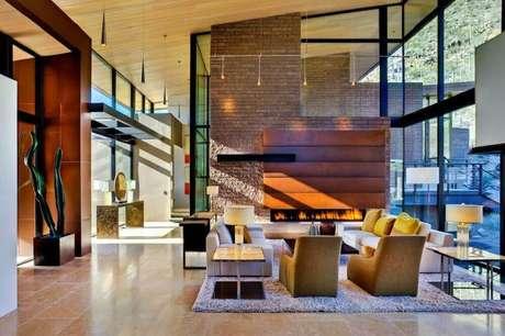 40. Casas luxuosas com mix de textura