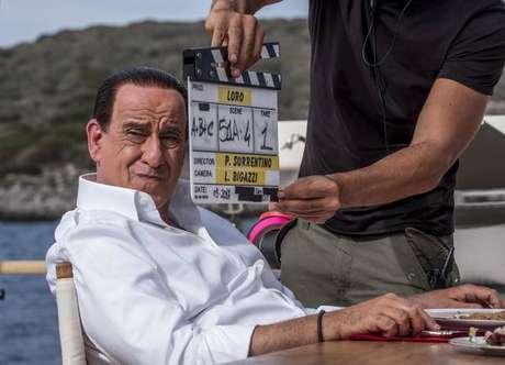 Trailer de filme de Sorrentino sobre Berlusconi é divulgado