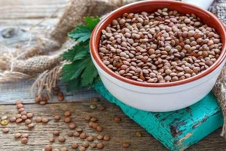 Alimentos ricos em proteína, cálcio e ferro: lentilha é rica em ferro