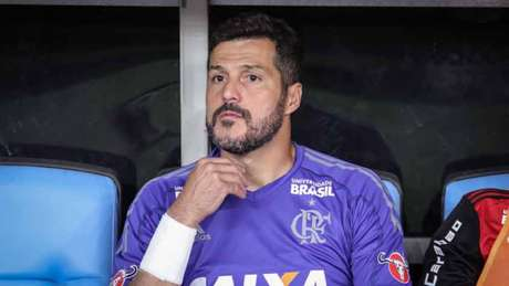 Julio Cesar voltou ao Maracanã, mas viu o Fla ser eliminado pelo Botafogo (Foto: Marcelo Gonçalves / Photo Premium)