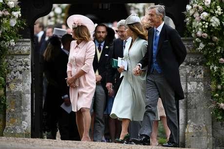 David Matthews (à direita) no casamento de seu filho James com Pippa Middleton