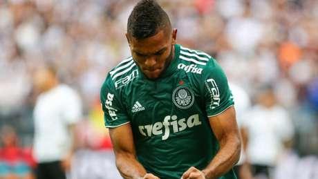 Borja marcou logo no início do primeiro tempo e Palmeiras leva vantagem para casa (Foto: Jales Valquer/Fotoarena)