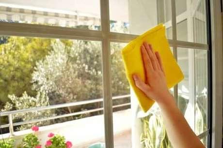 6. Agora é só colocar em prática todas essas dicas de como limpar vidros e escolher a que prefere!