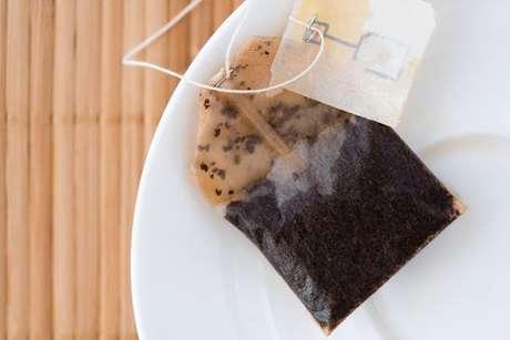 Saquinho chá usado: veja como reutilizá-lo de 5 formas
