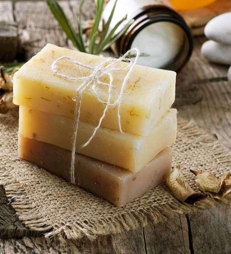 4. Receita de como fazer sabão caseiro em barra