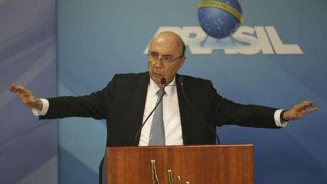 Henrique Meirelles estabeleceu uma meta própria nas pesquisas de intenções de votos para decidir se sai oficialmente candidato
