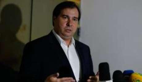Rio de Janeiro - O presidente da Câmara dos Deputados, Rodrigo Maia, fala à imprensa após reunião com o vice-governador do Rio de Janeiro, Francisco Dornelles (Tomaz Silva/Agência Brasil)
