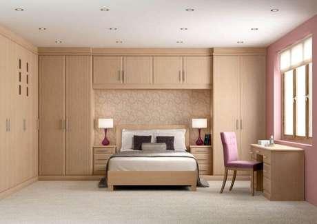 39. Armário com cama embutida planejado para quarto de casal