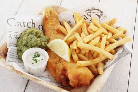 Fish and chips: receita de filé de peixe frito com batata frita