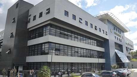 Sede da PF em Curitiba; para cientista político, 'operação Lava Jato deverá explorar outros núcleos'